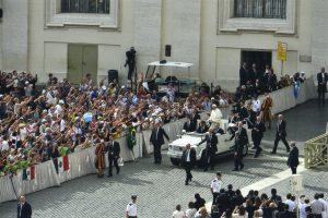 Foto ufficiali Santa Sede, Innamorati in Viaggio 5