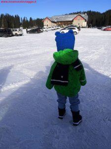 Innamorati in viaggio, montagna inverno bambini veneto, 1