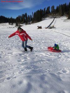 Innamorati in viaggio, montagna inverno bambini veneto, 7
