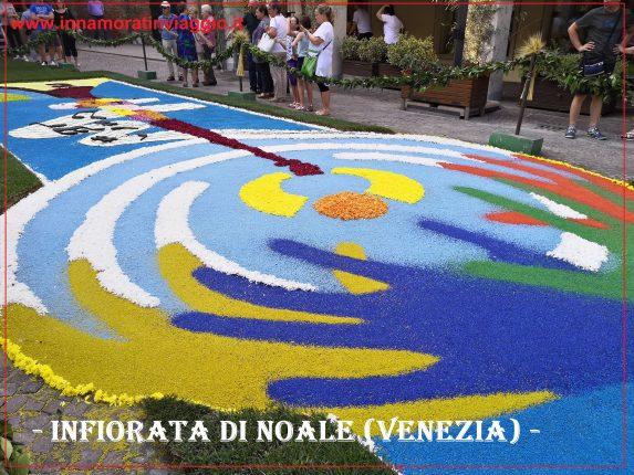 Copertina Infiorata in Veneto a Noale, Innamorati in viaggio